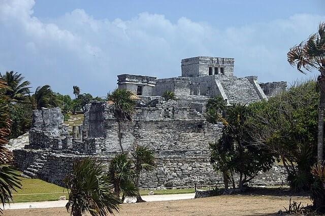 Hrad El Castillo v Mexiku