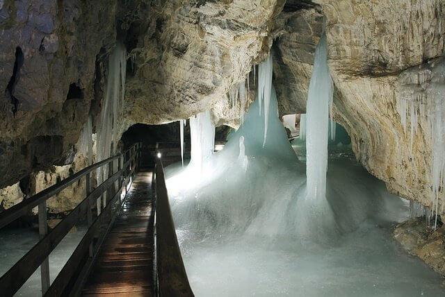 Demänovské ledové jeskyně